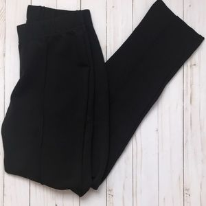 Lilly Pulitzer black travel pants EUC M runs small